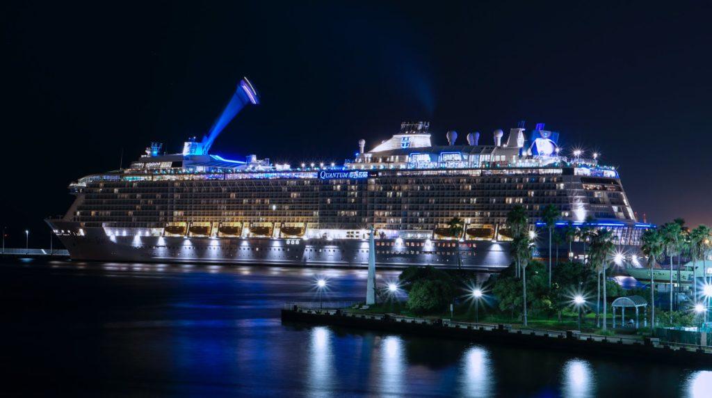 cruise-ship-pexels